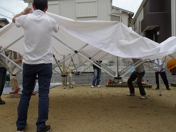 テント屋根掛け.JPG